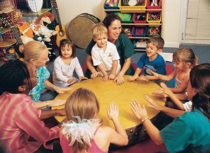 کودکان با نیازهای های ویژه: اوتیسم