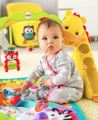 هوش عاطفی و اجتماعی کودکان 6 تا 9 ماه و بازی هایی برای تقویت آن