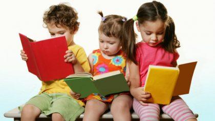 رشد زبانی کودک دو ساله تا سه ساله: ویژگی ها مهم و روشهای تقویت آن