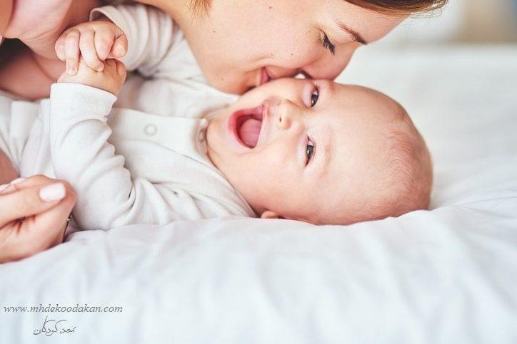 رشد اجتماعی و عاطفی کودک 9 ماهه تا 12 ماهه