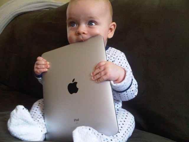 قوانین استفاده کودکان از موبایل و ابزارهای دیجیتال بر اساس سن