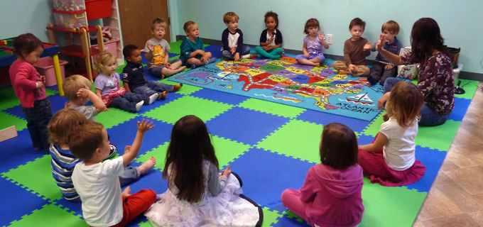 زمان گردهمایی در روزهای اول مهد کودک